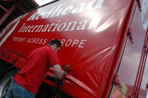 Red Head International truck
