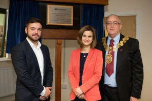 (Left to Right) Wakefield Acoustics managing director Lee Nicholson, Batley and Spen MP Jo Cox and Mayor of Kirklees, Councillor Paul Kane, stand in front of the plaque marking the official opening.